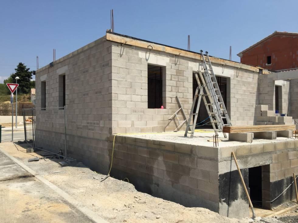 Construction d 39 une maison individuelle aix en provence bureau d 39 - Construction maison marseille ...